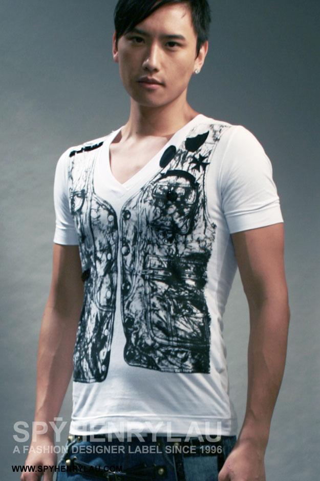 T-Shirt Ausschnitt Arm