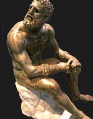 Wie du deinen Körper stärken kannst, um wie eine griechische Statue auszusehen