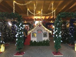 Montreux ist auch 2017 im Weihnachtsgewandt gekleidet